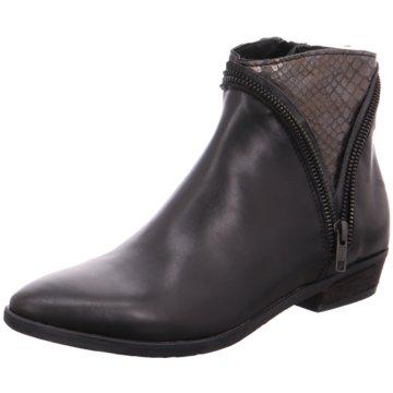 Nicola Benson Chelsea Boot -