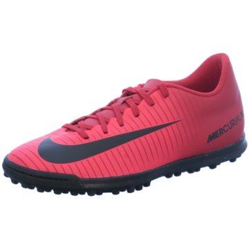 Nike Multinocken-Sohle rot