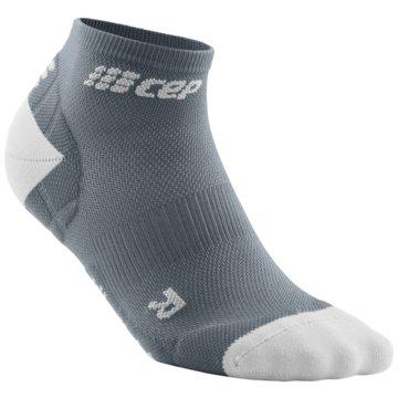 CEP Hohe Socken ULTRALIGHT LOW-CUT SOCKS - WP4AY grau