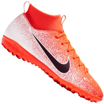 Nike Multinocken-Sohle orange