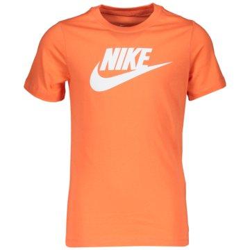 Nike T-ShirtsSPORTSWEAR - AR5252-842 -