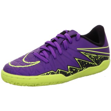 Nike Trainings- und Hallenschuh lila