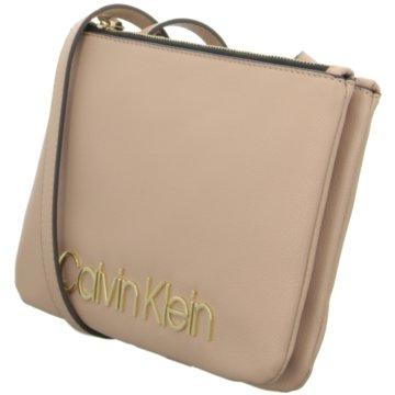 Calvin Klein Taschen -