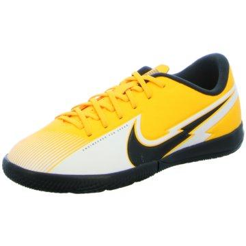 Nike Hallen-SohleNike Jr. Mercurial Vapor 13 Academy IC Little/Big Kids' Indoor/Court Soccer Shoe - AT8137-801 orange