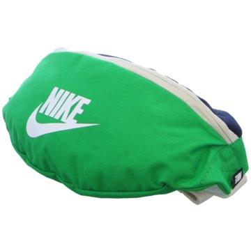 Nike BauchtaschenNike Sportswear Heritage Hip Pack - BA5750-311 grün