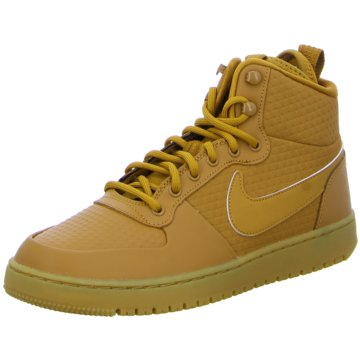 Nike Sneaker LowCourt Borough Mid Winter braun
